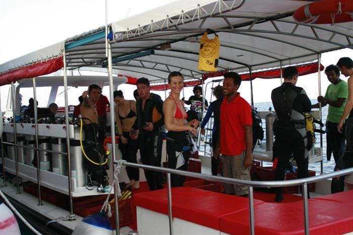 MV Theia Diving Dhoni