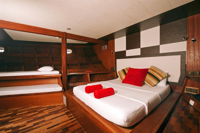 MV Theia Superior Cabin