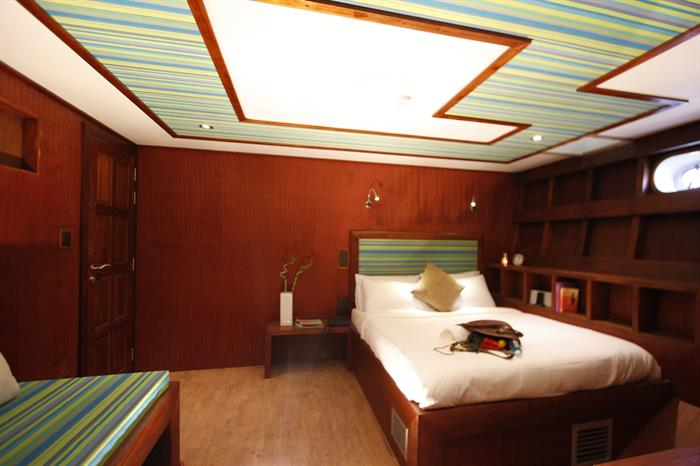 MV Theia lower deck Superior cabin