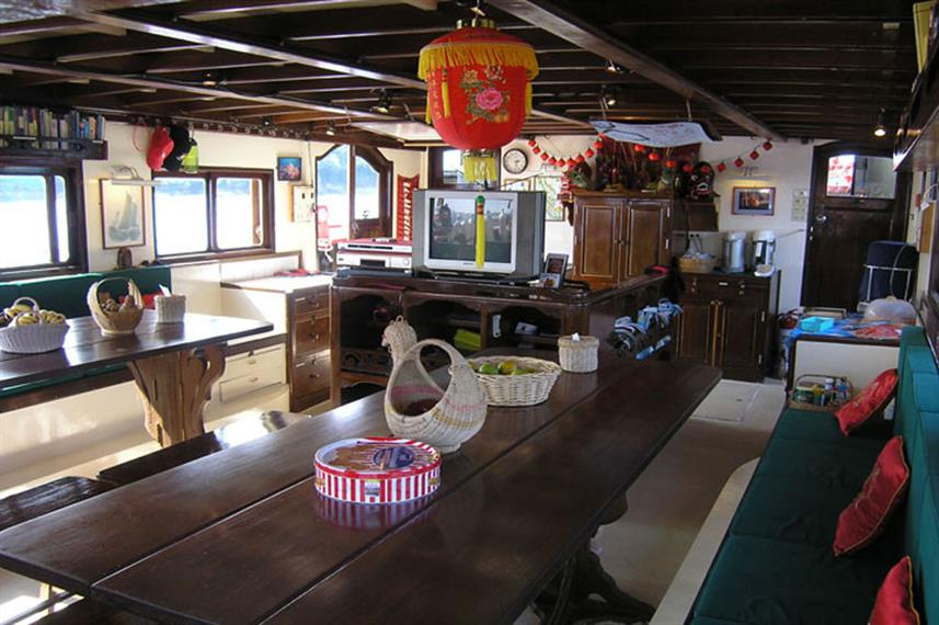 Dining Room - The Junk Live Aboard