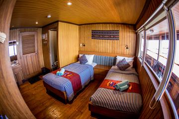 Upper Deck Twin Cabin