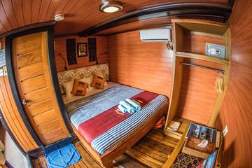 Middle Deck Double Cabins