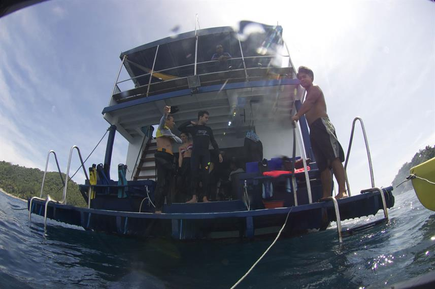 Dive Platform - Thai Sea Live Aboard