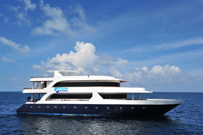 Fun Azul Maldives liveaboard