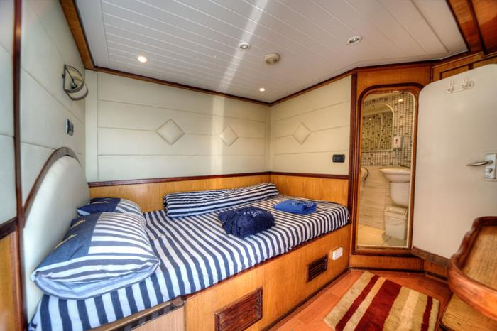 Double Cabin - Golden Dolphin Egypt Liveaboard