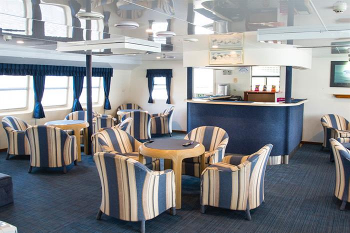 Bar en Lounge - Ocean Quest Liveaboard