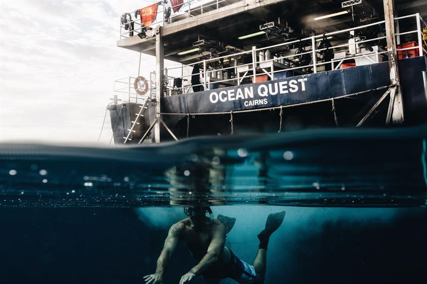 Dive deck - Ocean Quest