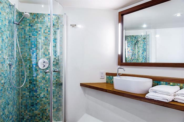 En-Suite bathrooms - Scubaspa Yang