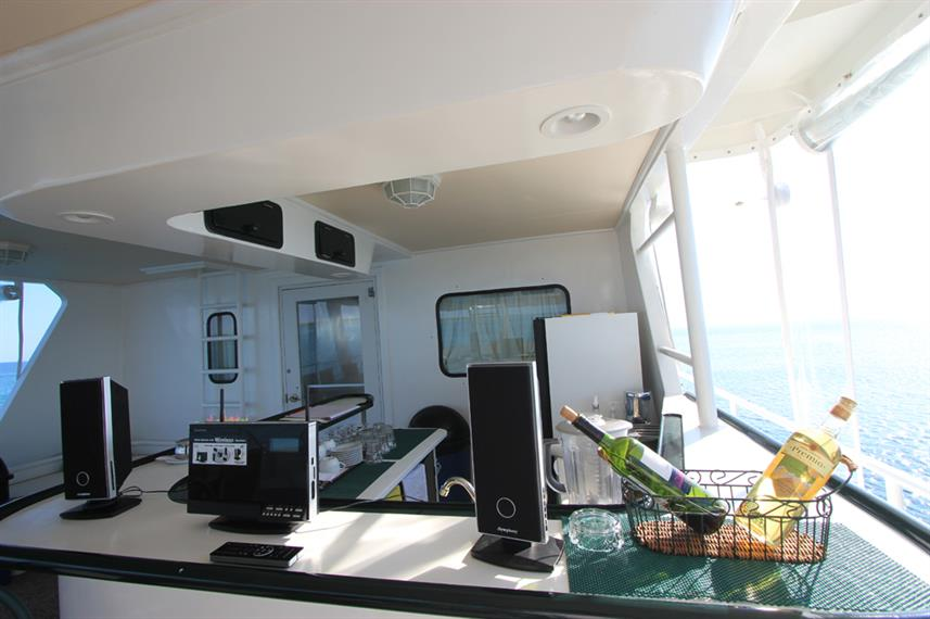 Bar area - Avalon I Dive Liveaboard