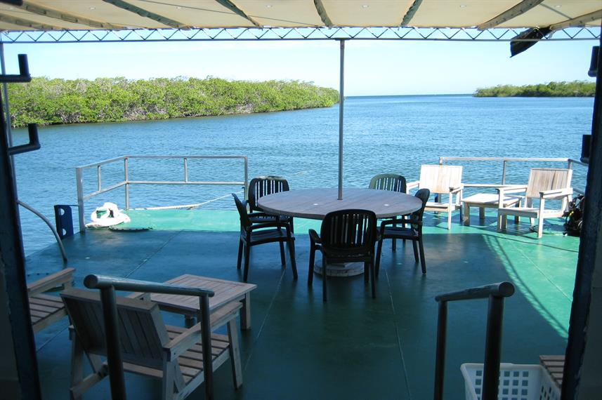 Outdoor leisure deck - Tortuga Liveaboard