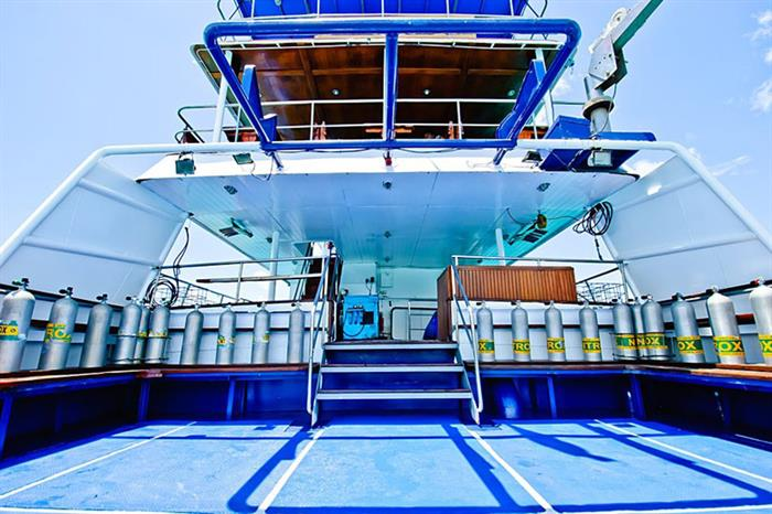 Spacious dive deck - Deep Andaman Queen
