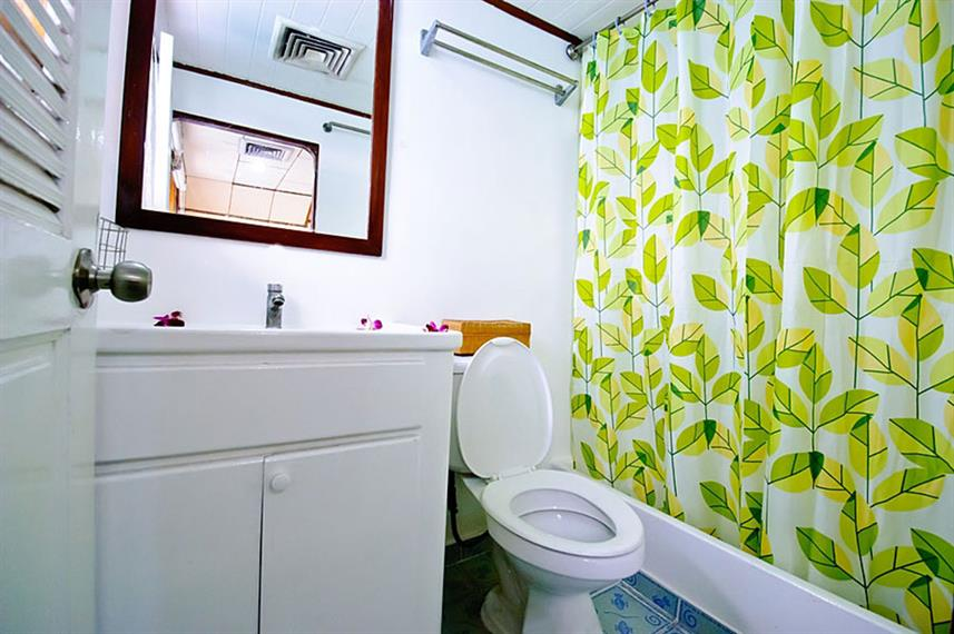 En-Suite bathrooms - Deep Andaman Queen