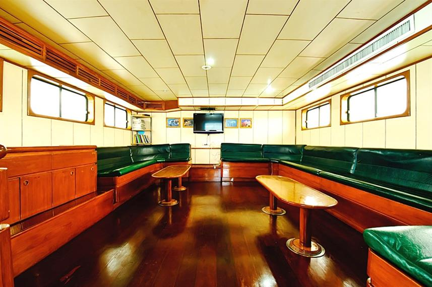 Indoor Saloon - Deep Andaman Queen