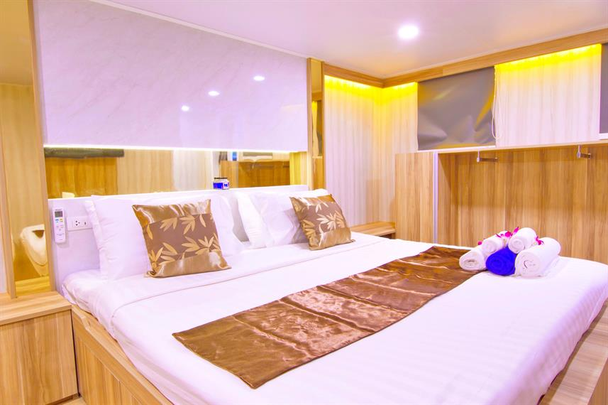 Master suite  - Deep Andaman Queen