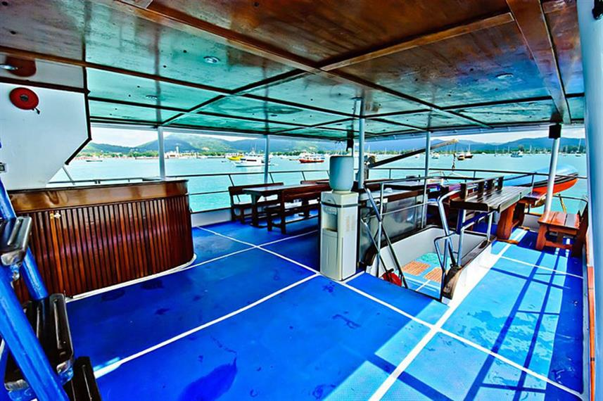 Outdoor Dining - Deep Andaman Queen