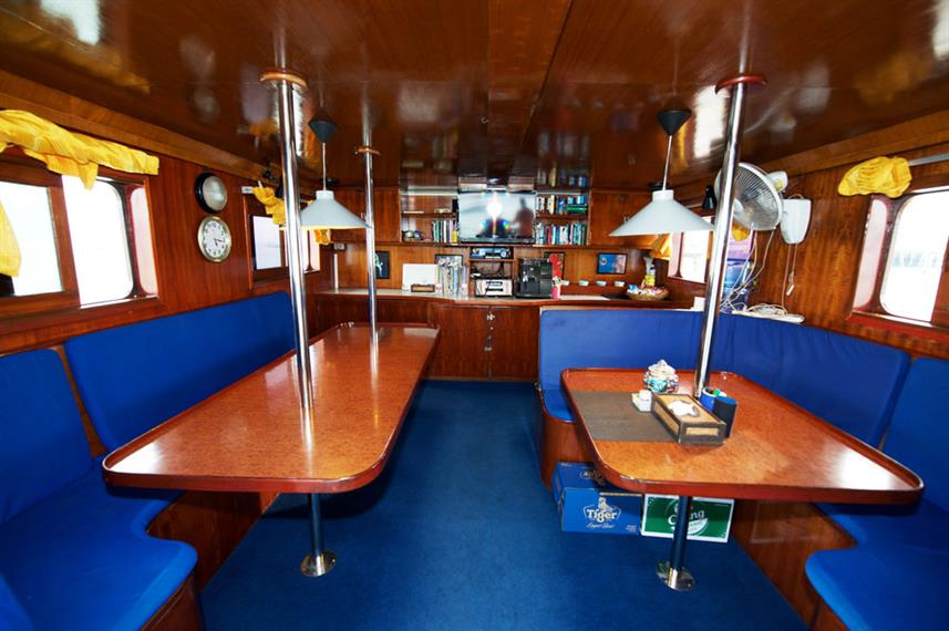 Indoor salon - MV Marco Polo