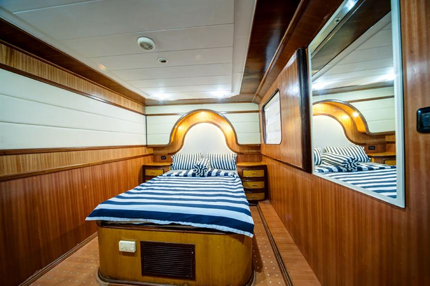 Double Cabin - Golden Dolphin II Egypt Liveaboard