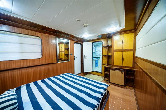Ensuite Double Cabin - Golden Dolphin II Egypt Liveaboard