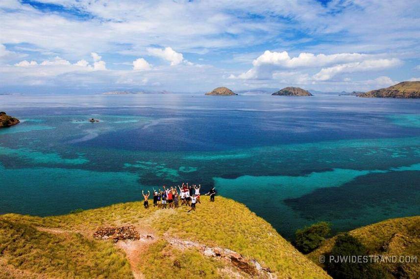 Guests in Komodo