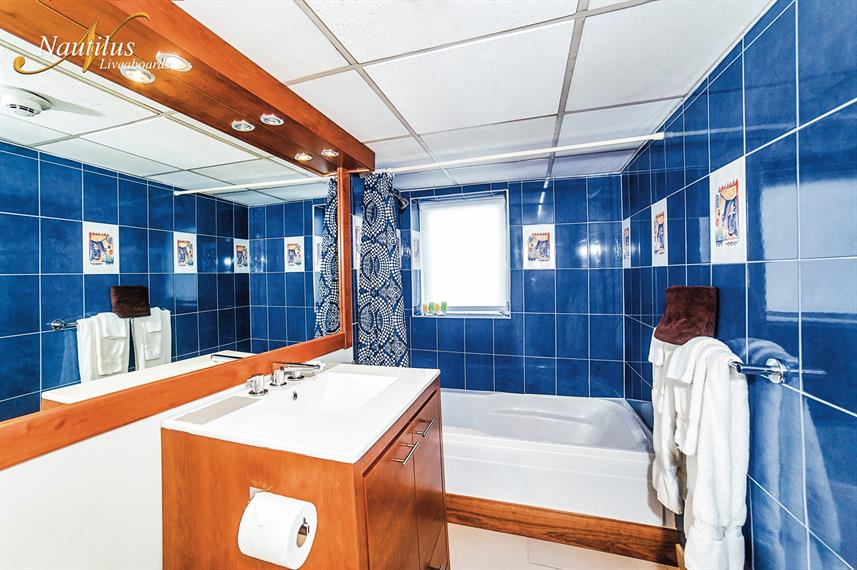 En-Suite bathrooms - Nautilus Explorer