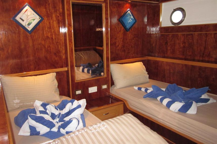 Twin berth