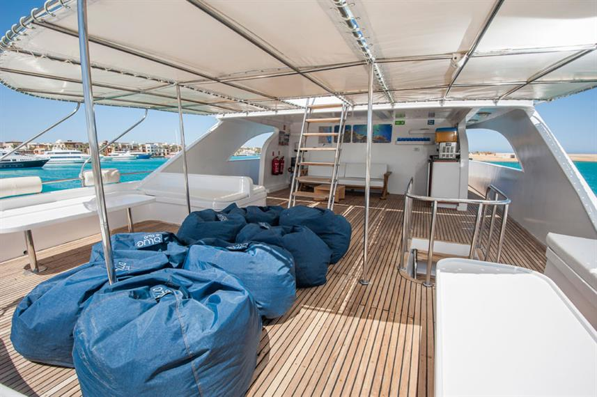 Outdoor Lounge - Red Sea Adventurer