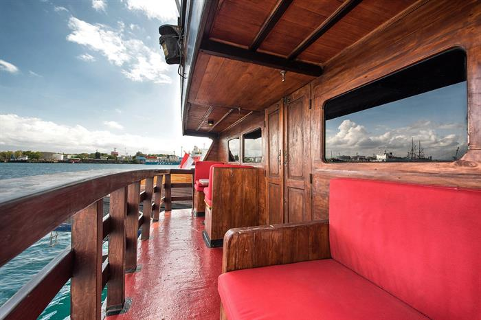 The Suite Balcony - La Galigo Liveaboard