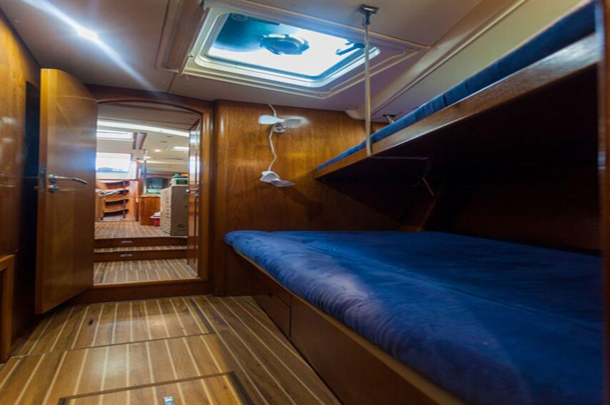 Standard Bunk Cabin - Vision III Live Aboard