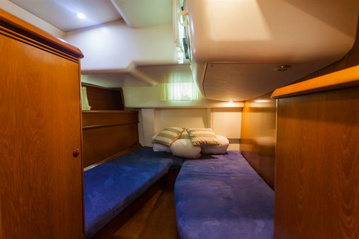 Twin Cabin - Vision III Live Aboard