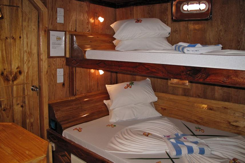 Lower Deck Cabin - Sheena