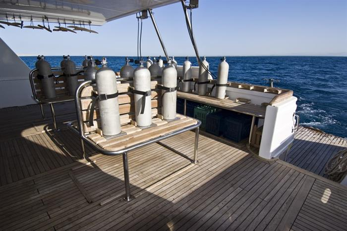 MY Excellence Liveaboard Red Sea Divedeck