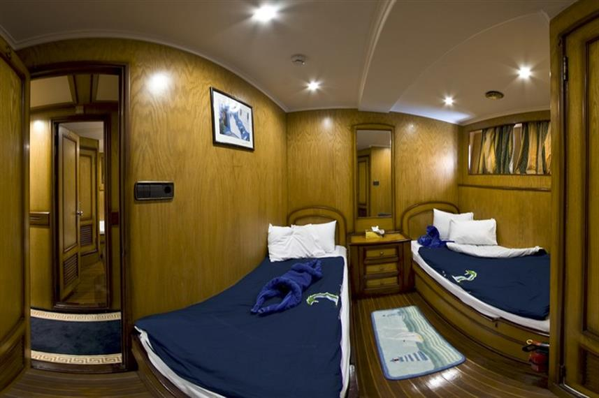 MY Excellence Liveaboard Red Sea Twin Cabin