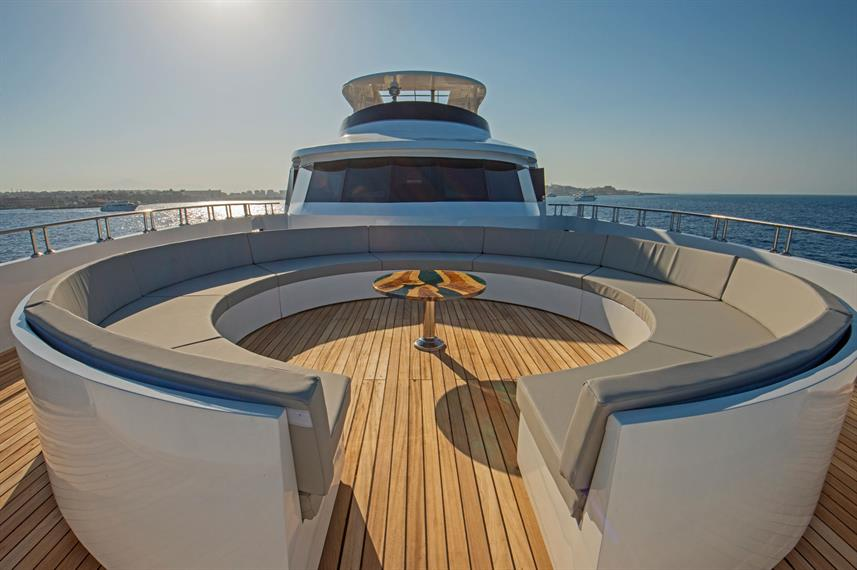 Sun Deck - Sea Serpent Excellence