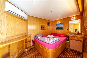 Suite Cabin Main Deck