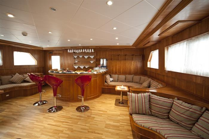 Bar Upper Deck
