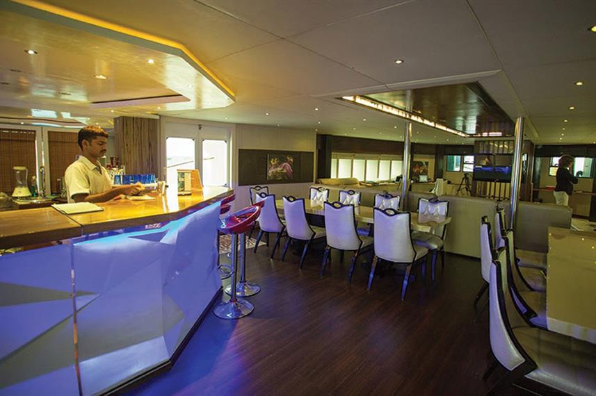 Bar en Lounge - Honors Legacy