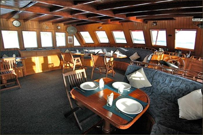 Indoor Salon - M/V Sea Spirit