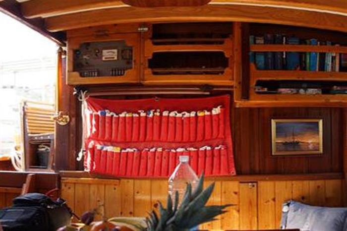 Salon Area - Norseman Liveaboard