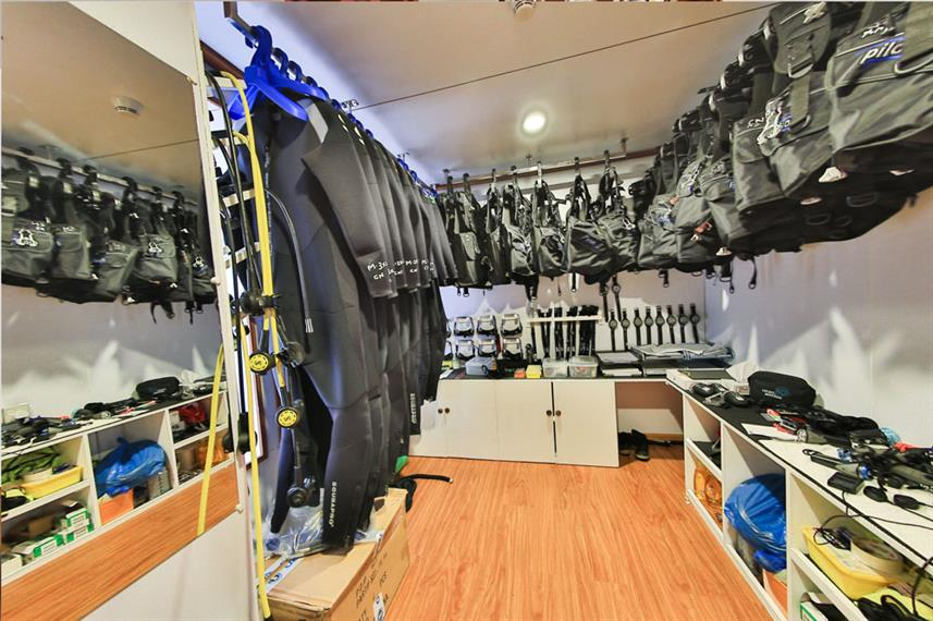 Dive Equipment Room -  Carpe Novo