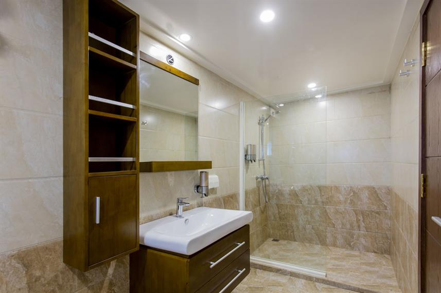 En-Suite bathrooms - Carpe Novo