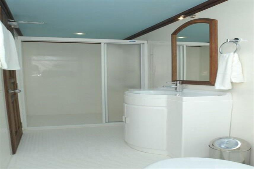 En-Suite bathrooms - Sachika
