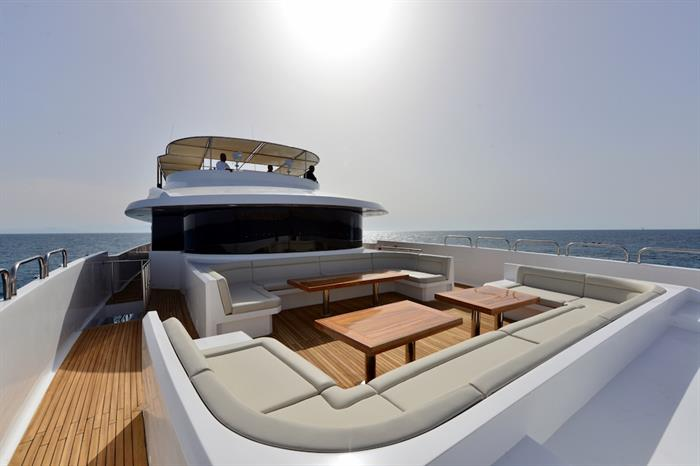 Comfortable outdoor lounge area - M/Y Blue