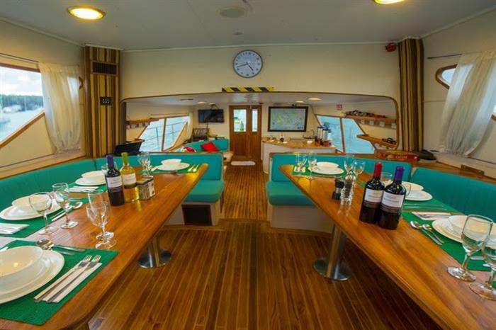 Indoor Dining Area - Nortada Liveaboard