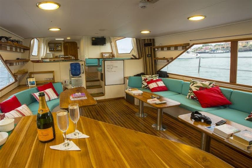 Indoor Salon - Nortada Liveaboard