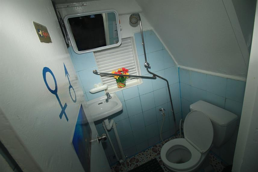 #bathrooms - MV Similan Explorer