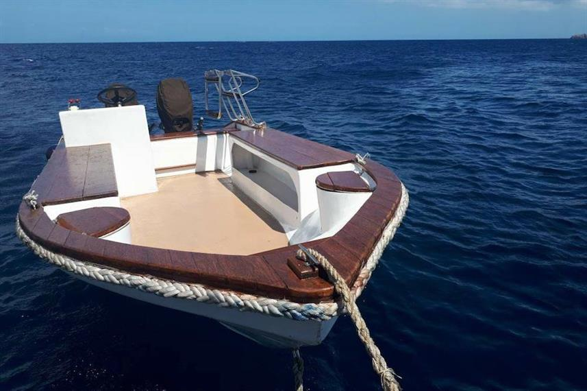 Dinghy's - MV Empress II