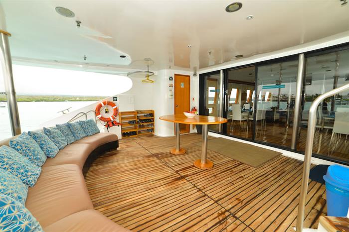 Outdoor lounge area - Majestic Galapagos Yacht