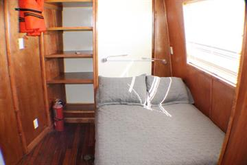Upper Deck Double Cabin 2