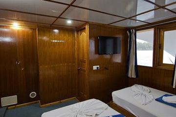 MV Ari Queen Suite