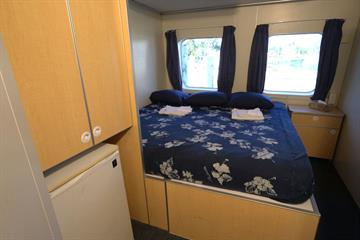 Aqua Cat Double Cabin